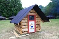 Eine Blockhaus Sauna! Wirklich!